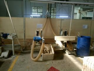 Ống nhựa PU lõi thép mạ đồng sử dụng cho máy cưa gỗ